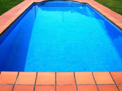 Coronament piscina amb gres extrusionat, jordi alsina